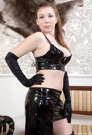 Hot Latex Porn Pictures